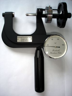 Small Portable Rockwell Hardness Tester Meter Sclerometer PHR-2